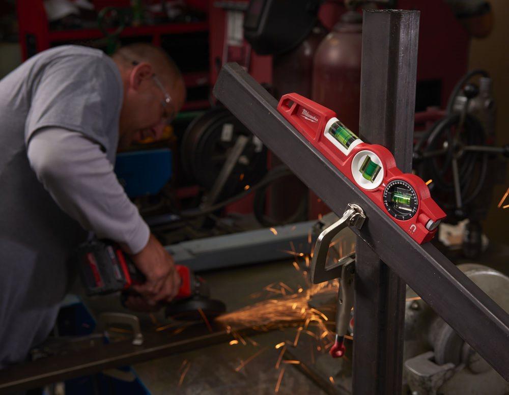 A Milwaukee® bevezeti az új Torpedó Vízmértékeket az ipar legerősebb mágneseivel